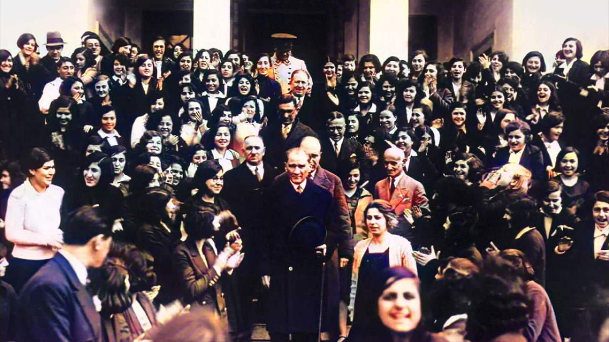 Atatürk ve gencler
